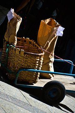 straatbeeld Noord-Spanje van Marieke van der Hoek-Vijfvinkel