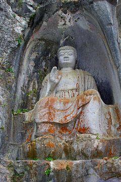 Oude Boeddha, China van Inge Hogenbijl