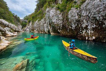 Kanufahren / Kajakfahren / Rafting auf dem Fluss Soča von Kevin Baarda