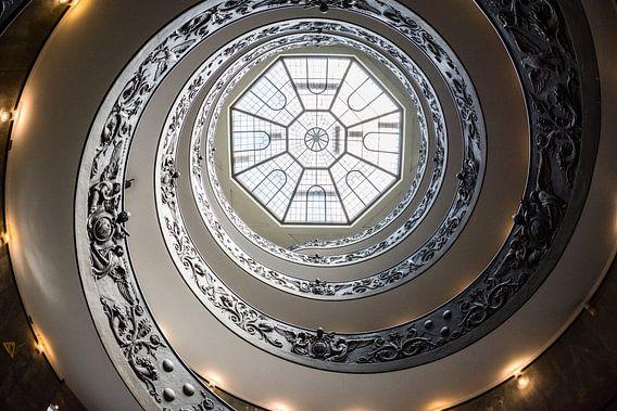 Trap in het Vaticaanmuseum II van Ronne Vinkx