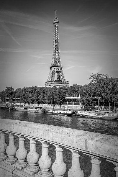 PARIS Eiffeltoren & Seine Monochroom van Melanie Viola
