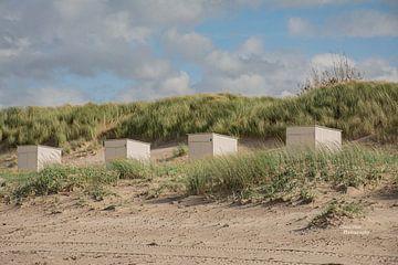 Strandcabines op het zeeuwse strand van Martine Moens