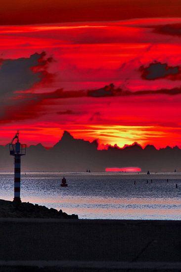 Zonsondergang bij Harlingen van Sipco Feenstra