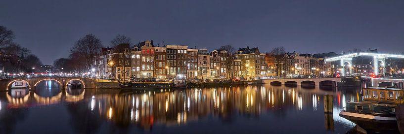 Amstel bij nacht 3x1 van Martijn Verhagen