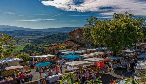 Markt in Gordes Provence Frankrijk