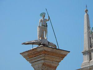 Beeld op San Marcoplein in Italië van