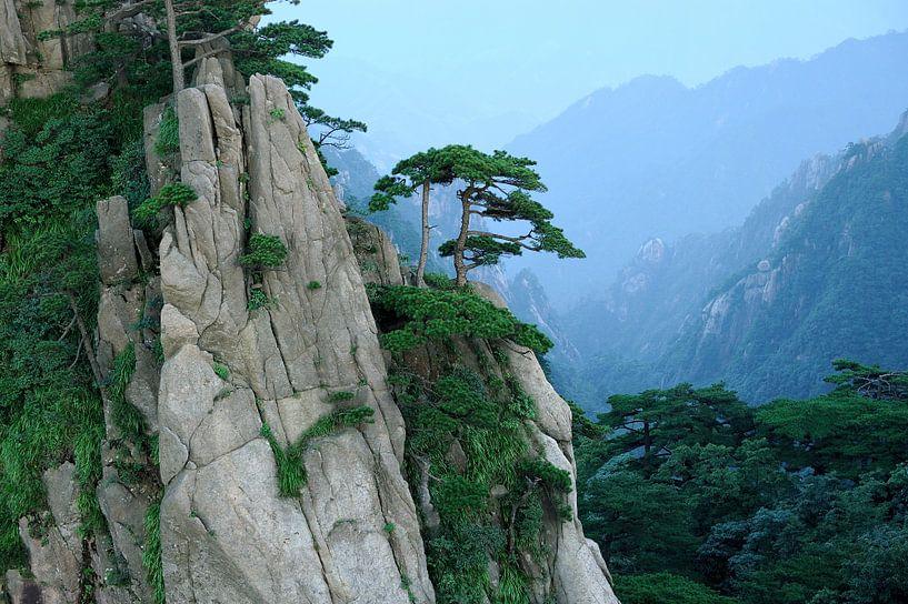 Huang Shan in de provincie Anhui in China van Merijn van der Vliet