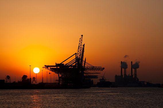 Sunset op de Maasvlakte