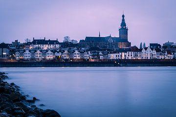 Nijmegen, stad aan de Waal van Robert van Grinsven