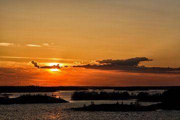Zonsondergang op de Stockholmfjord von Joke Beers-Blom