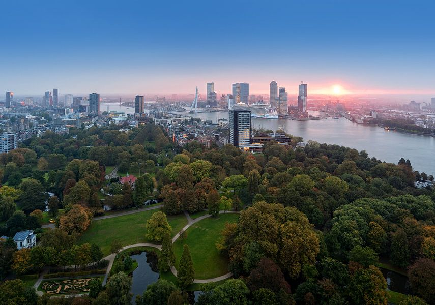 Here comes the sun... Rotterdam / Euromast van Rob de Voogd / zzapback
