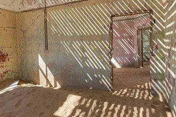 Kolmanskop, Namibië van Jeannette Kliebisch