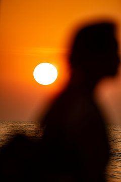 het meisje op het strand van Stefan Havadi-Nagy