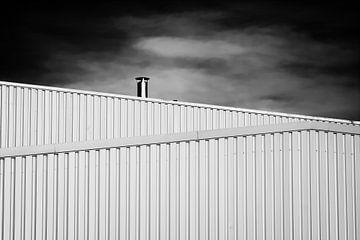 Ontluchting op een stalen gebouw van Jan Brons