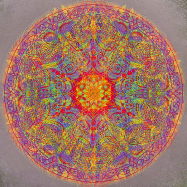 Grafische mandala, diverse kleuren van Rietje Bulthuis