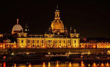 Dresden bij nacht van Ullrich Gnoth