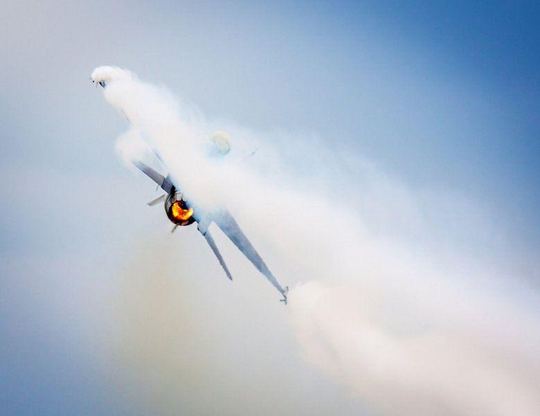 Aerobatic dance van Nildo Scoop