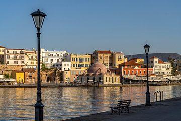 Bij de oude Venetiaanse haven, Chania van Peter Schickert