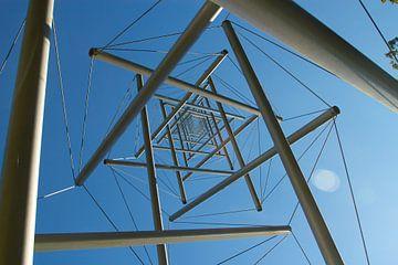 Needle tower II door Kenneth Snelson van Maurice Welling