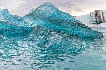 Icebergs sur Anita Loos