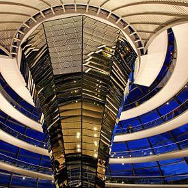 In de koepel van het Berlijnse Rijksdaggebouw van Frank Herrmann
