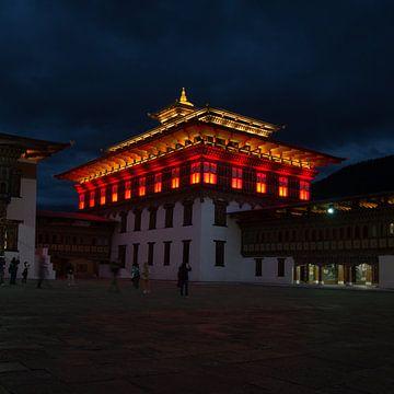 Thimphu dzong van Andrea Ooms