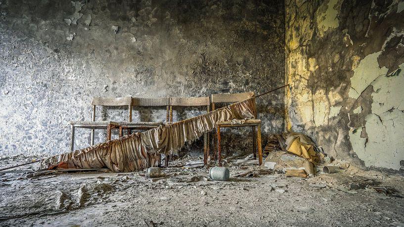 Warteecke Zahnklinik Pripyat von Karl Smits