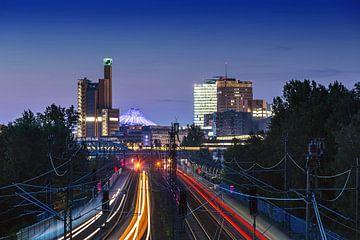 Potsdamer Platz skyline mit Bahnverkehr von Frank Herrmann