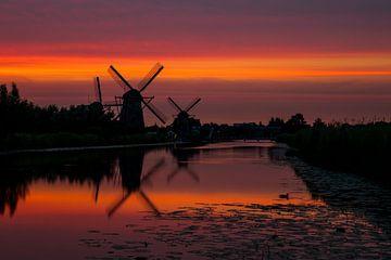 Kinderdijk Sunset 1 van Joram Janssen