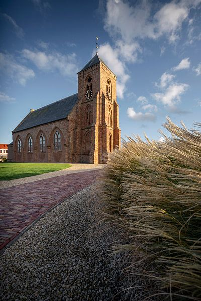 Catharinakerk Zoutelande van Thom Brouwer