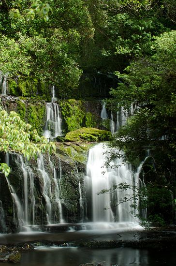 Purakaunui Waterval Nieuw Zeeland van Ricardo Bouman | Fotografie