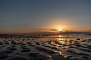 Sonnenuntergang Nordseestrand von Marjolein Albregtse
