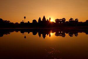 Sonnenaufgang in Angkor Wat, Kambodscha von Marco Heemskerk