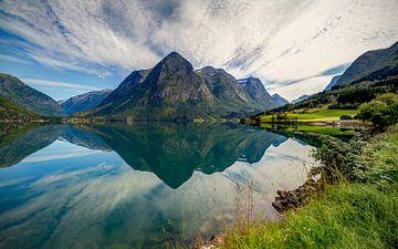 Norwegische Symmetrie von Adelheid Smitt