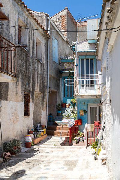 Straatje op Samos Griekenland van Elly Damen