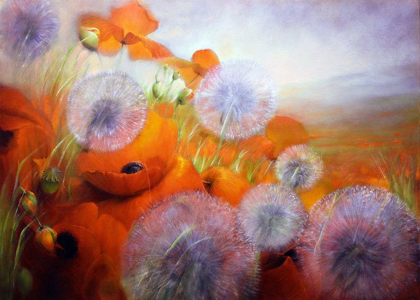 Mohnblumenwiese mit Pusteblumen von Annette Schmucker