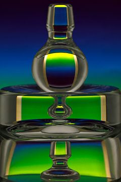 Glascompositie in groen en blauw van Wim Bodewes