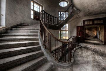 Passer par le deuxième étage sur Perry Wiertz