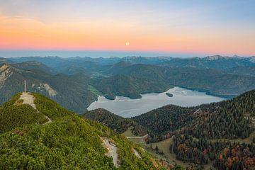 Vollmond über dem Walchensee von Michael Valjak