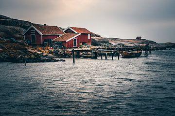 Tjurpannans natuurreservaat Grebbestad vissershutten aan zee van Fotos by Jan Wehnert