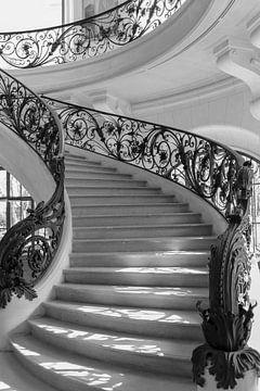 Treppen aus Licht von Nina Rotim
