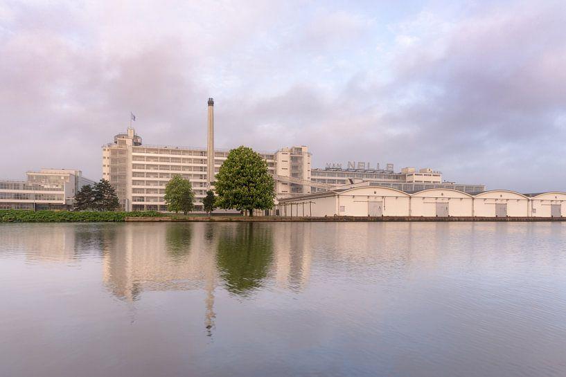Van Nelle tijdens zonsopkomst van Prachtig Rotterdam