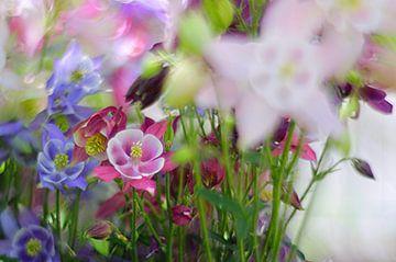 Lente bloemen boeket van Marianna Pobedimova