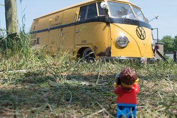 """Lars with the """"postbus"""" von Ilze de Meer"""