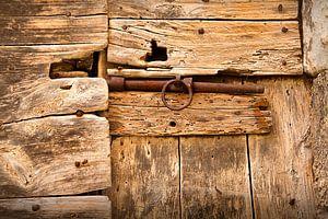 Alte verschlossene Tür