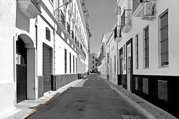 Stille straat in Sanlucar von Sigrid Klop