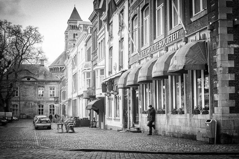 De Groote Sociëteit aan het Vrijthof, Maastricht van Streets of Maastricht