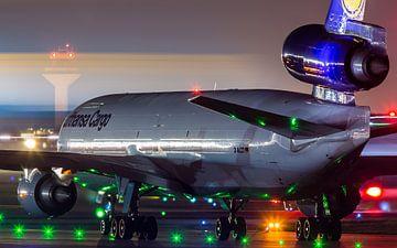 Lufthansa McDonnell Douglas MD-11F en attente de départ sur Dennis Janssen