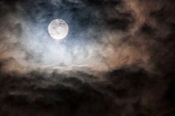 Volle Maan van Angelika Stern