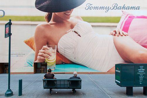 Plakatwand 5th Avenue, New York von Laura Vink